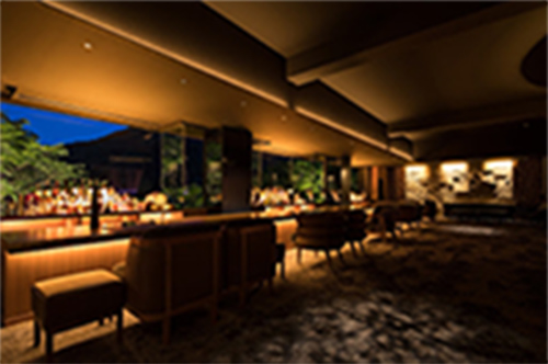「bar hotel 箱根香山」開設
