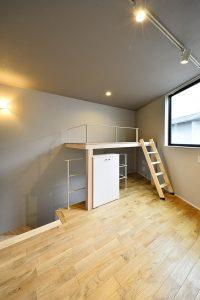ササヅカアパートメント